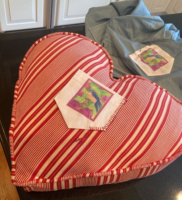 make a pocket decorative pocket square on a pillow